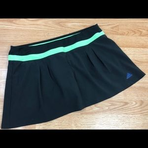 Adidas Climalite Skort w/ built in Shorts Large
